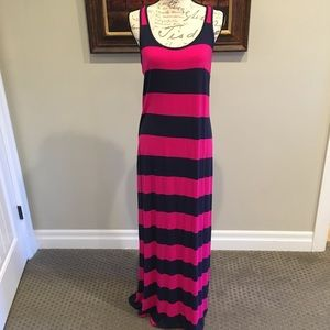 Preppy Old Navy Pink and Navy Tank Maxi Dress